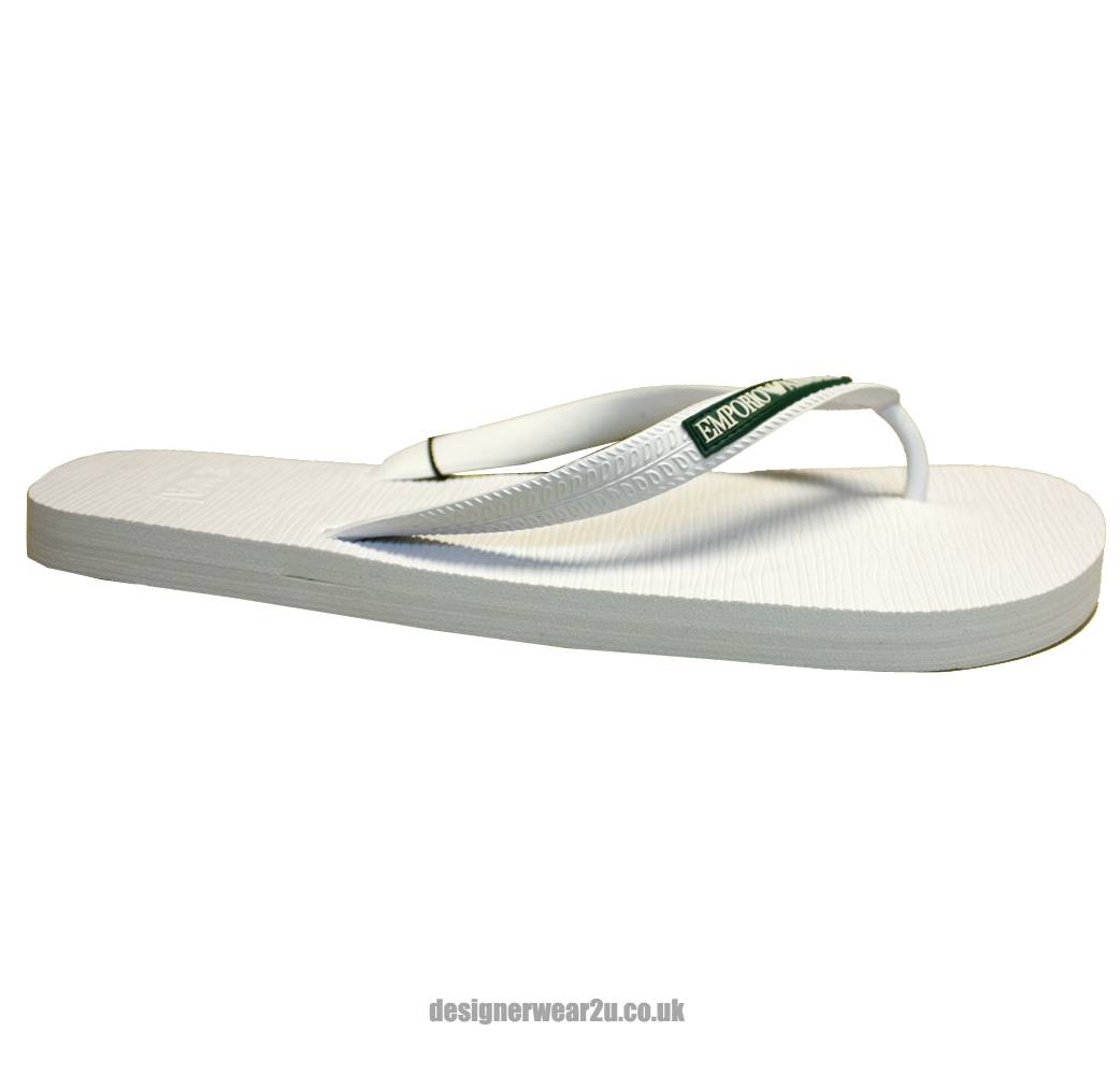 Shop men's flip flops from DICK'S Sporting Goods today. If you find a lower price on men's flip flops somewhere else, we'll match it with our Best Price Guarantee! Check out customer reviews on men's flip flops and save big on a variety of products. Plus, ScoreCard members earn points on every purchase.