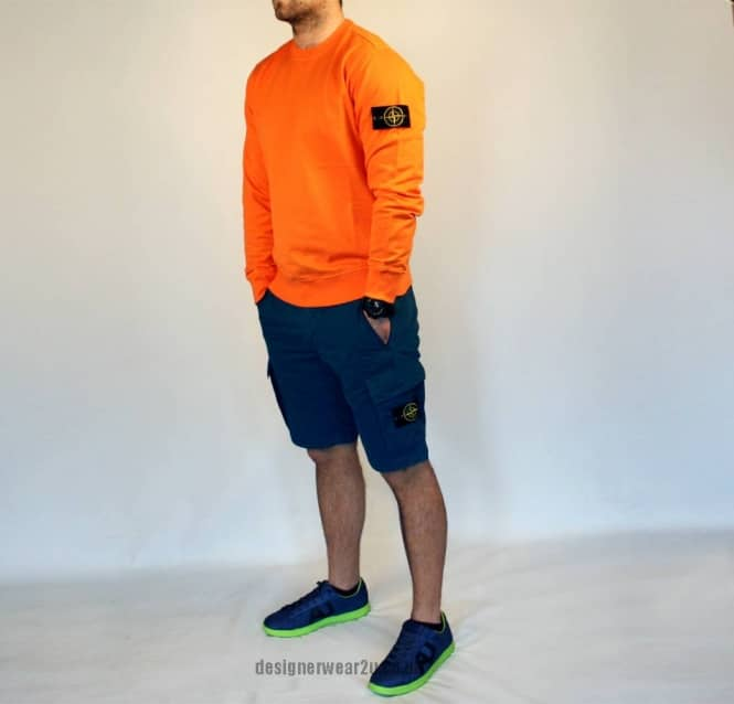 stone island shorts and t shirt